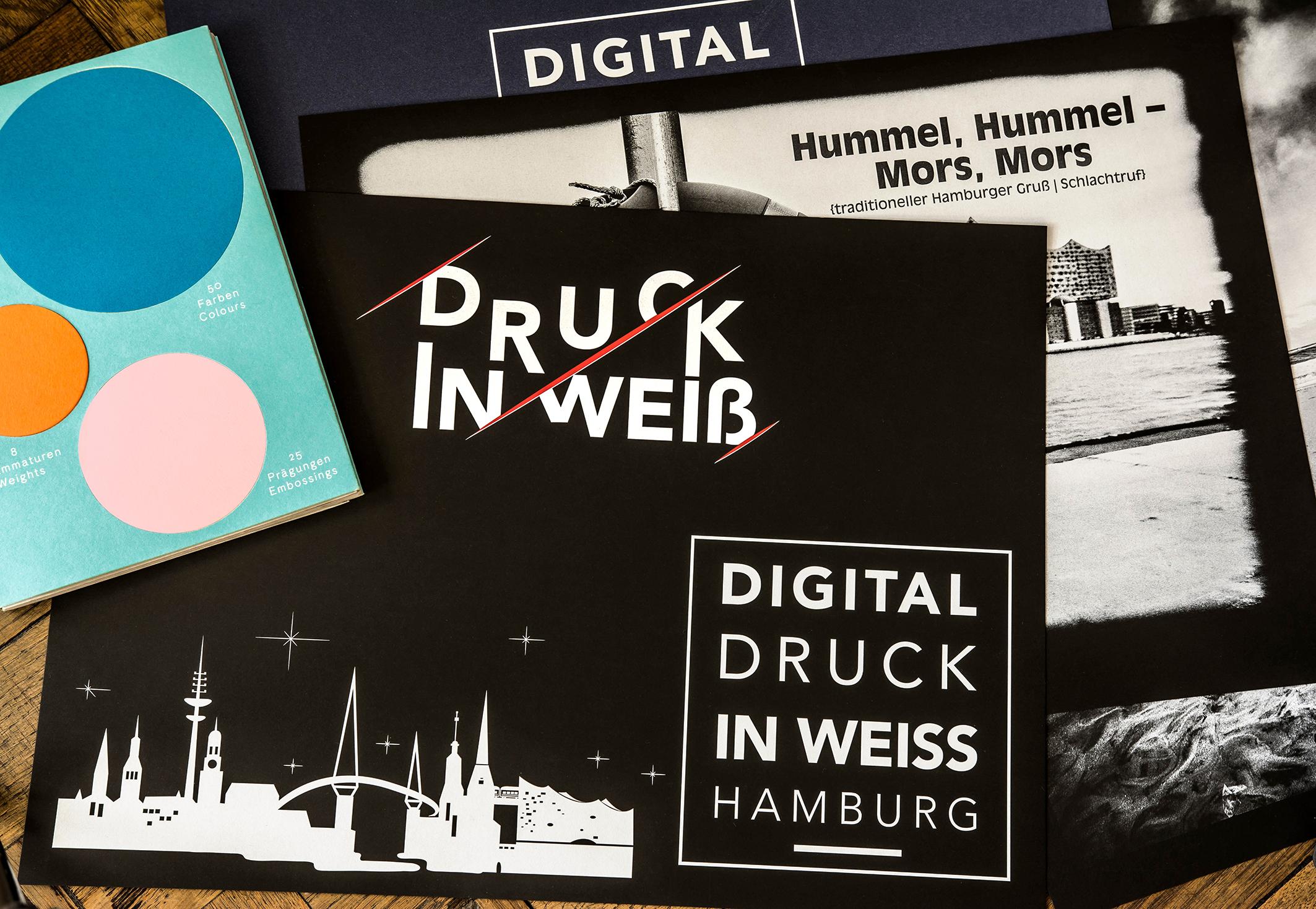 Digitaldruck mit Weiß auf Colorplan Schwarz Hamburg Homepage